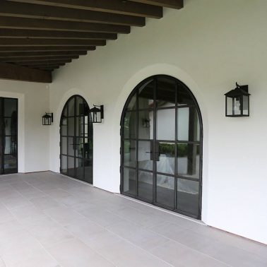 3MTECNOFER-acciaio-zincato-serramenti-facciata-villa-moresca-marmol-radziner-architecture-3_project_big-tecnoblind